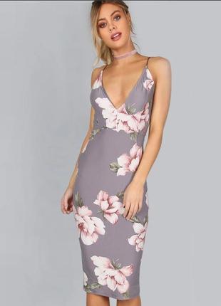 Платье серое открытая спинка