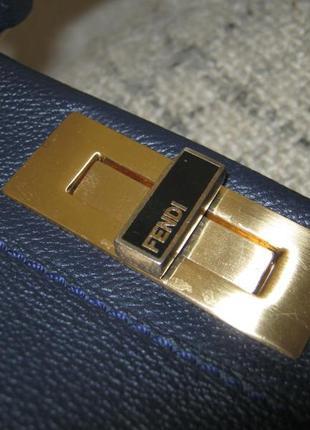 Fendiиталия кожаная сумка саквояж 39х33х11 состояние кожи идеальное ручка через плечо