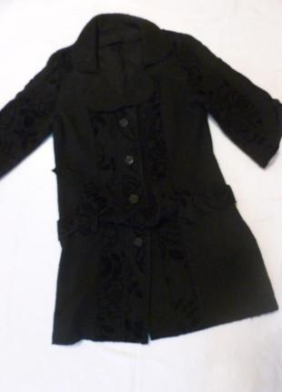 Черное шерстяное пальто жакет красивое