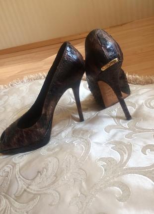 Роскошные идеальные туфли dior оригинал питон