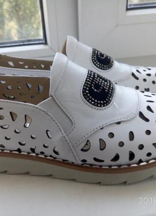 Летние туфли с перфорацией натуральная кожа пр-во турция