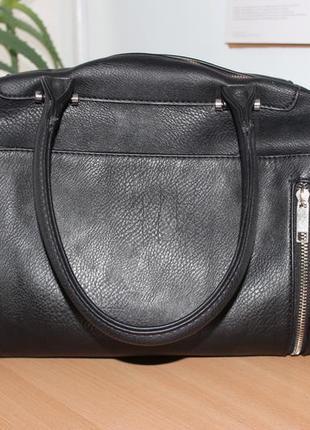 Черная сумка pimkie