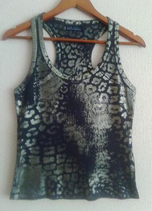 Фирменная португальская майка-футболка-топ в золотистый принт от zara 100%хлопок р.с-л