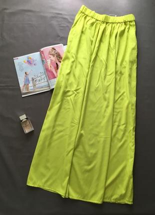 Длинная юбка лимонного цвета