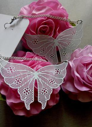 Нежные ажурные сережки бабочки, летние белые крупные кружевные серьги подвески