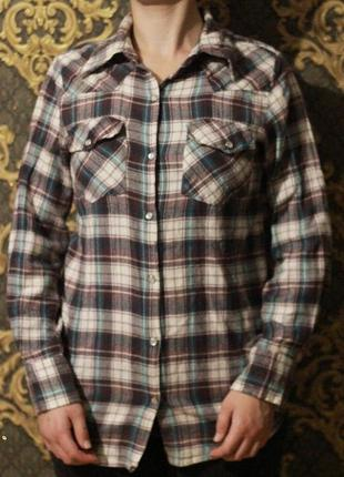 Мягкая и уютная клетчатая рубашка