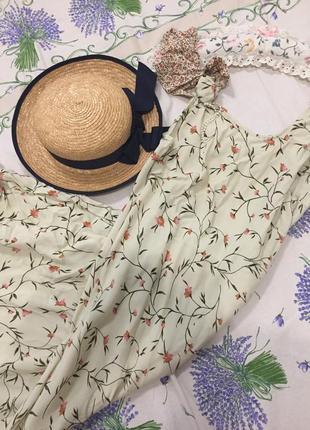 Очень нежное и красивое платье мидиl,xl,xxl