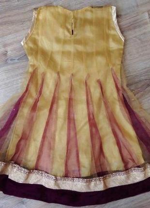 Платье с камнями в индийском стиле на 3-5 лет.4