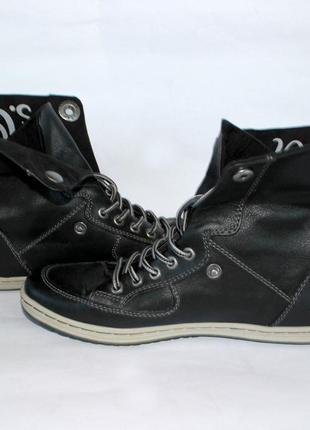 Черные кеды-кроссовки трансформеры  (ботинки ) s.oliver