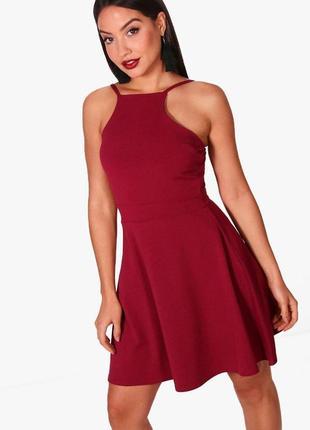 Платье на бретелях,  платье цвета марсала