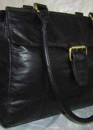 Вместительная , удобная сумка 100 % кожа - f & f -