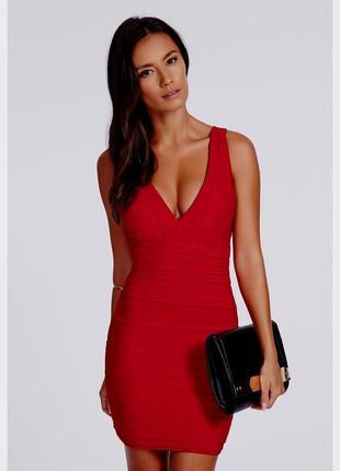Красное сексуальное бандажное платье missguided