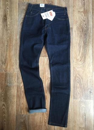 Женские джинсы  - levis 505c