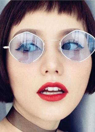 Модные очки необычной формы голубые 2018