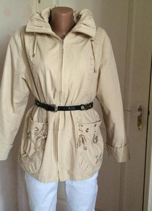 Куртка стильная  демисезонная с капюшоном traum collection,англия.