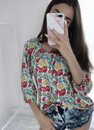 Легенька блузка на літо лёгкая блуза в цветы на лето м майка футболка женская