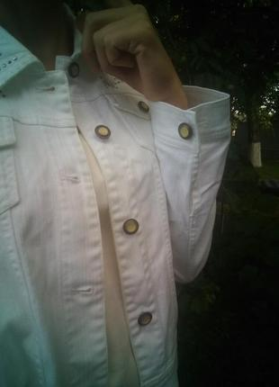 Пиджак джинсовый белый
