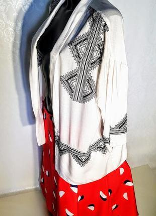 Шикарная летняя накидка- жакет кимоно белая с чёрной вышивкой 100% вискоза