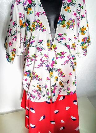 Шикарная летняя накидка- жакет кимоно белая с цветочным принтом