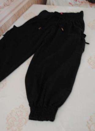 Суперские льняные капри-штаны