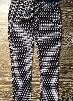 Стильные летние брюки guarapo