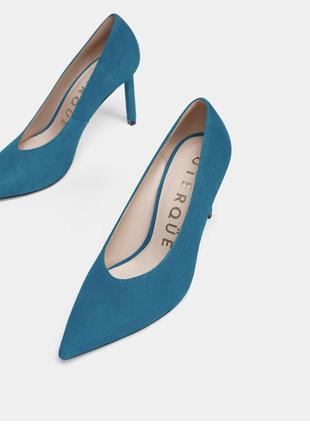 Очень крутые туфли известного бренда uterque