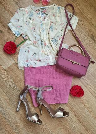 Нежная шифоновая блузка с цветочным принтом