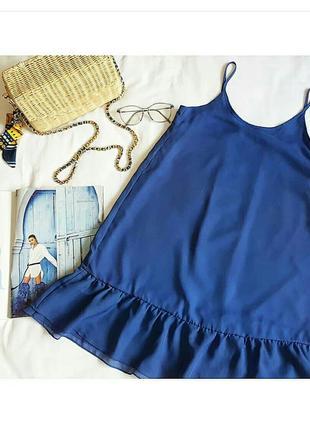 Шифонове плаття з воланами насиченого кольору