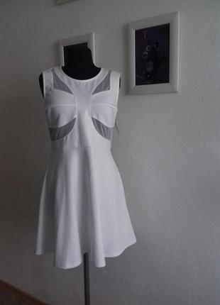 Очень стильное актуальное платье