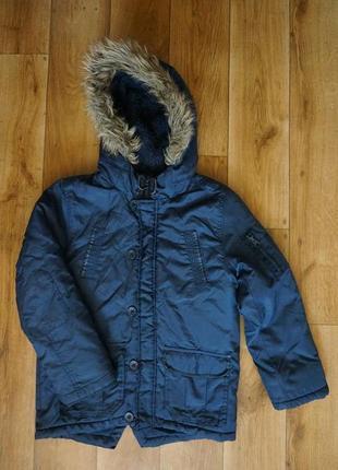 Продается,детская , не продуваемая , зимняя куртка с капюшоном f&f