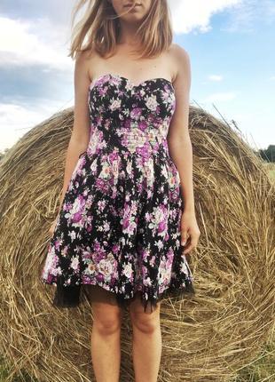 Неймовірне квіткове фатинове плаття