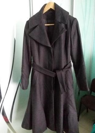Элегантное демисезонное шерстяное женское  пальто