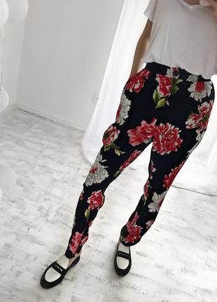 Літні штани легенькі бойфренди в квіти летние брюки легкие бойфренды в цветные m l