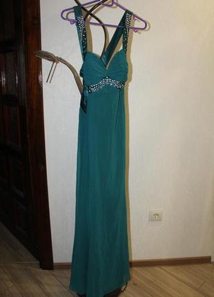 Длинное вечернее зеленое платье