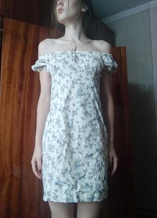 Платье в цветочек oodji