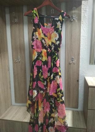 Шифоновое платье с ассиметрией