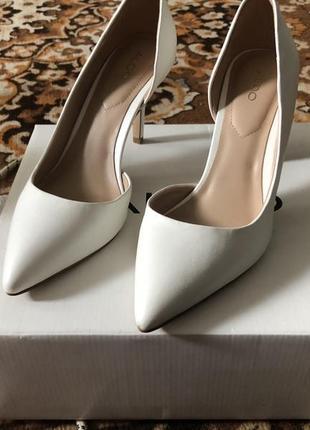 Лодочки туфли фирменные