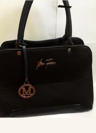 Чёрная небольшая шопинг-сумка