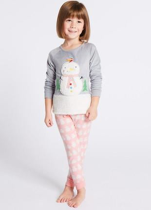 Пижамка флисовая снеговик от marks&spencer на 2-3, 3-4 года