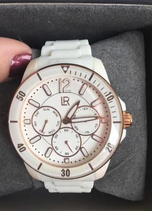 Часы женские белые фирменные германия