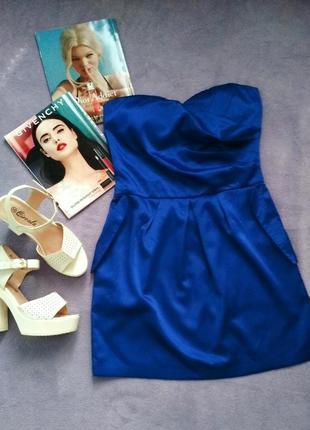 Платье-коктейль цвета электрик блю