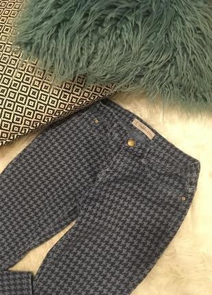 Узкие джинсы zara