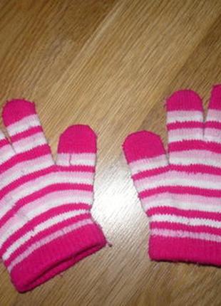 Перчатки для девочки вязаные 2года