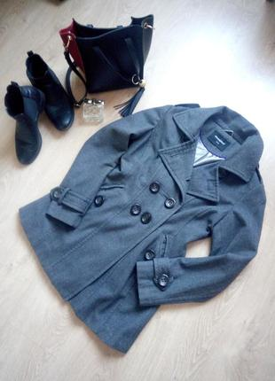 Классическое драповое приталенное пальто