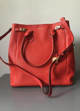 Очень яркая сумка дорогого бренда henri bendel ny