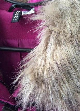 Малинове пальто від h&m