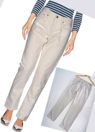 Крутые джинсы levis кремового цвета