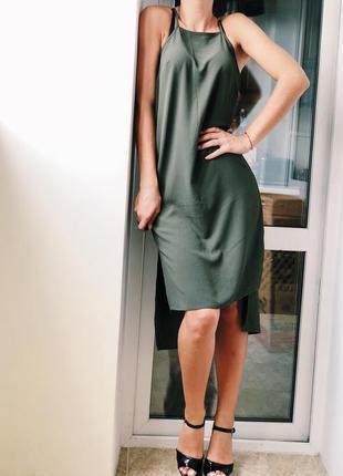 Интересное платье миди
