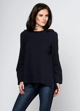 Блуза синяя сзади длиннее