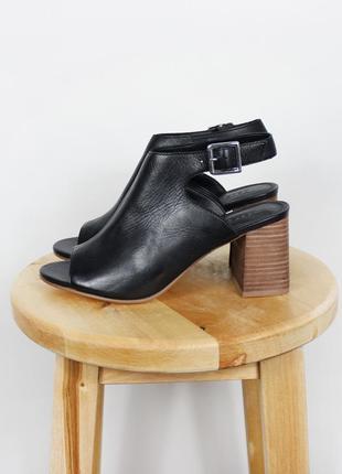 Новые черные босоножки на каблуке asos